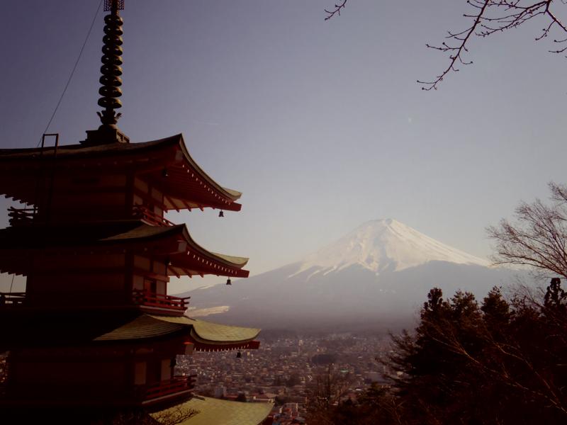 新倉浅間神社と富士