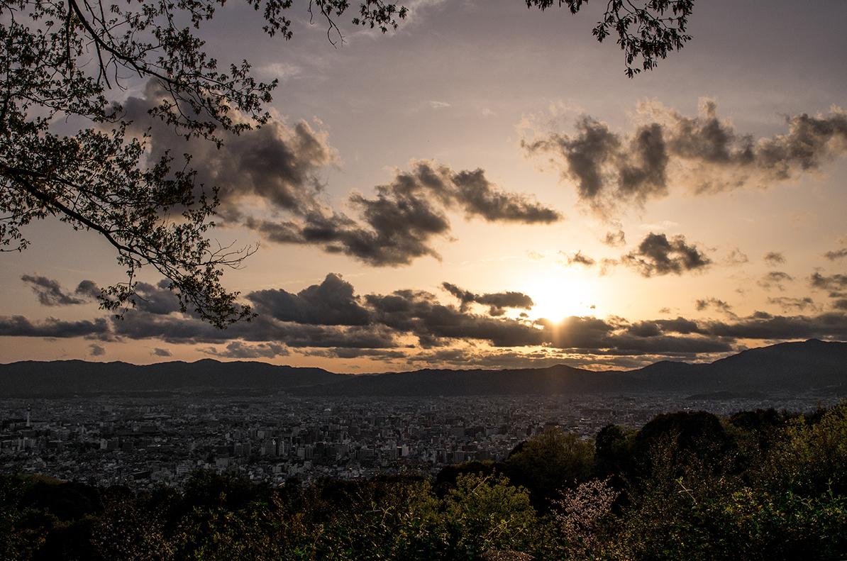 京都東山からの洛陽
