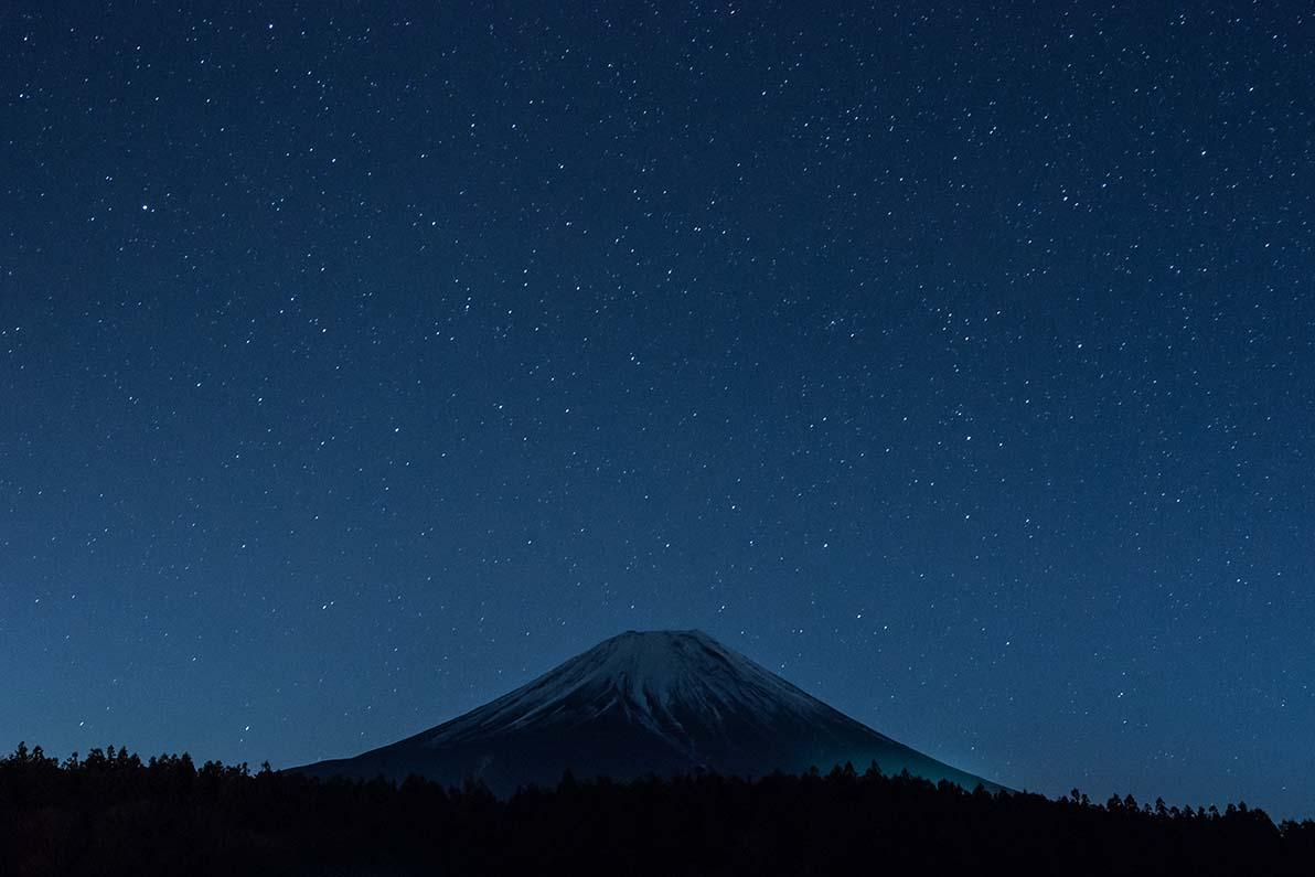 満天の星空に
