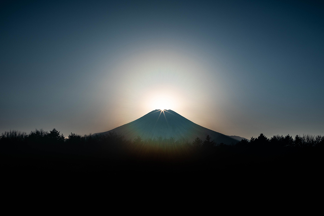 ダイヤモンド富士の光輪