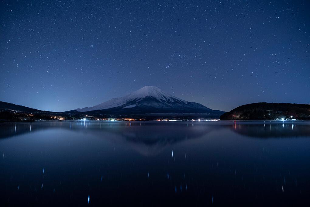 鏡面なる山中湖