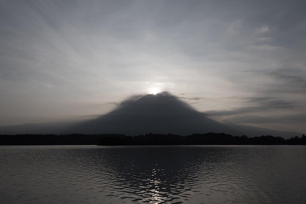 夏のダイヤモンド富士